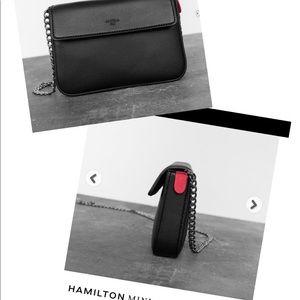 Angela Roi Hamilton mini chain signet black
